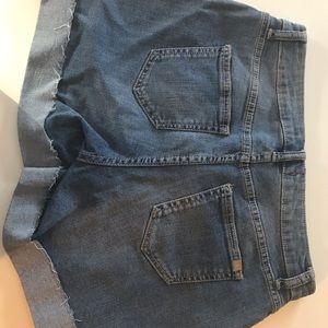 Jennifer Lopez size 4 shorts